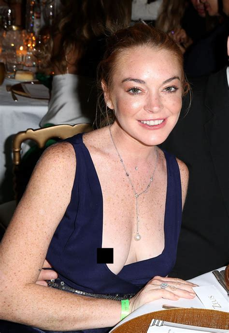 Has Lindsay Far by Lindsay Lohan Has Suffered A Major Wardrobe Malfunction As