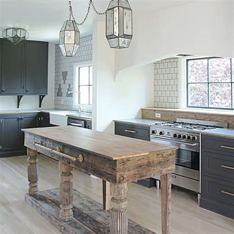 design trend 2018 reclaimed kitchen islandsbecki owens