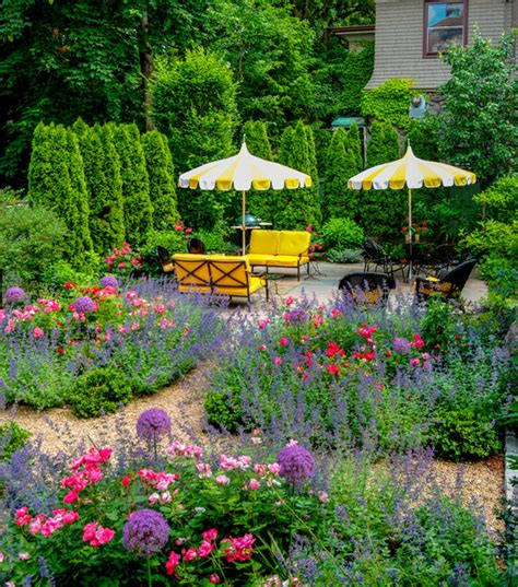 beautiful backyard gardens beautiful backyards garden ideas