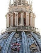 gradini cupola san pietro imprenditore scende da cupola di san pietro corriere roma