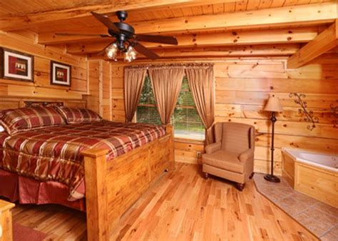 2 bedroom cabins in gatlinburg pigeon forge cabin smoky mountain escape 2 bedroom