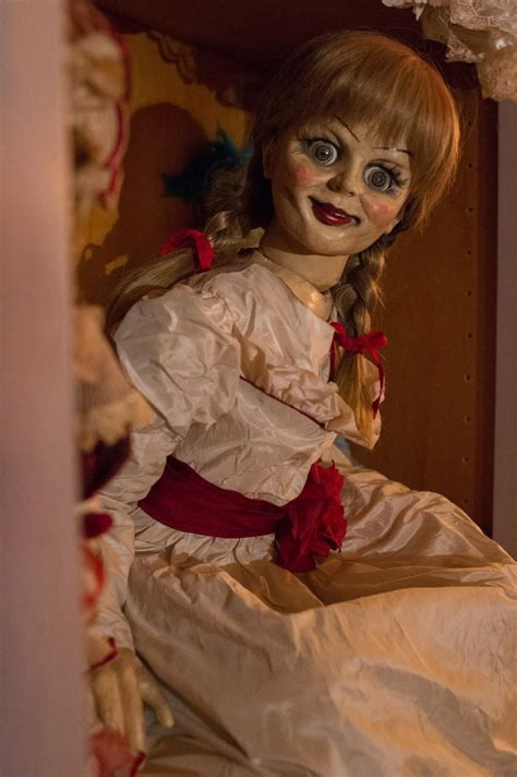 annabelle doll kills veteran actor tony amendola battles doll annabelle