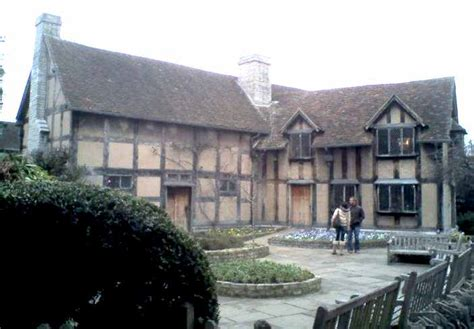 houses to buy in stratford william shakespeare anne hathaway stratford upon avon