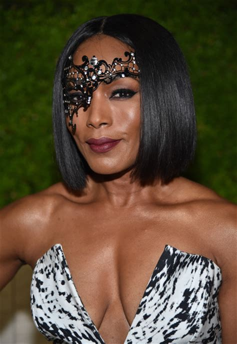 Angela Bassett Hairstyles by Angela Bassett B O B B O B Lookbook Stylebistro