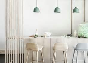 muuto lighting muuto luminaire suspension bambou couleurs