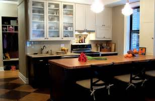 Small Kitchen Black Cabinets Classic Modern Small Kitchen Remodel With White And Black Lower Cabinets
