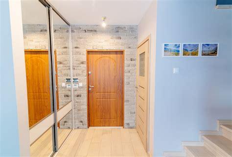 verniciare porte interne come verniciare le porte in legno da esterno e interno