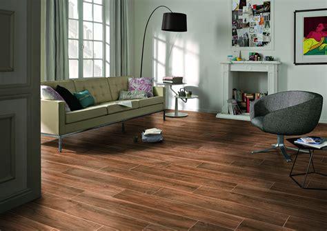 pavimenti interni gres porcellanato pavimento interni legno masterker marrone 20x120x1 05 cm