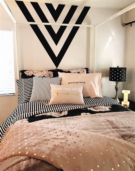 best 25 black bedroom design ideas on pinterest monochrome 25 best ideas about black gold bedroom on pinterest black