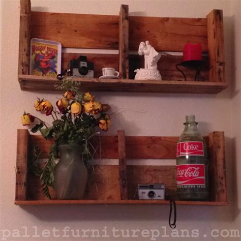 diy pallet shelves to manage your things