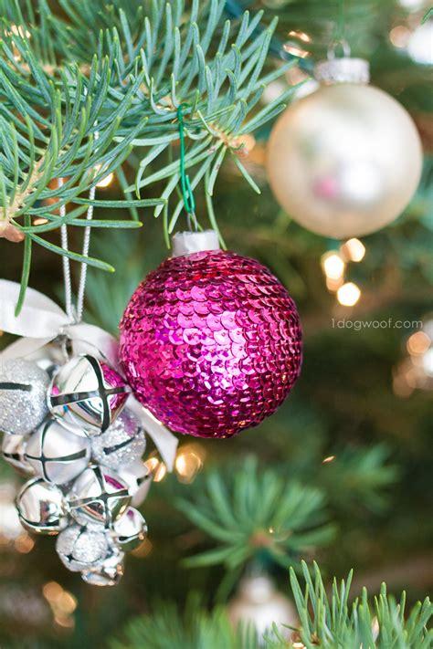 homemade christmas decorations  christmas centerpieces