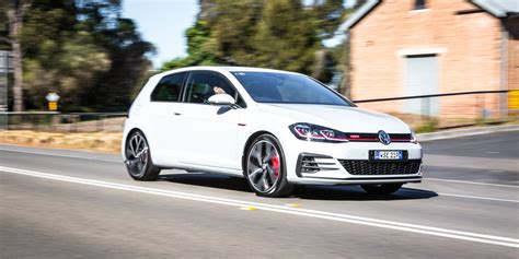 Vw Gti Review by 2017 Volkswagen Golf Gti Performance Edition 1 Review