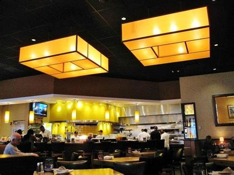 Cali Kitchen by California Pizza Kitchen Philadelphia Menu Prices