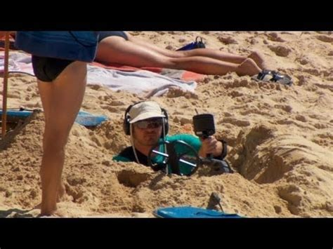 ellen pranks australians on sydney's manly beach most