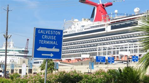 Car Rental In Galveston Port by 6 Easy Houston To Galveston Cruise Transport Options