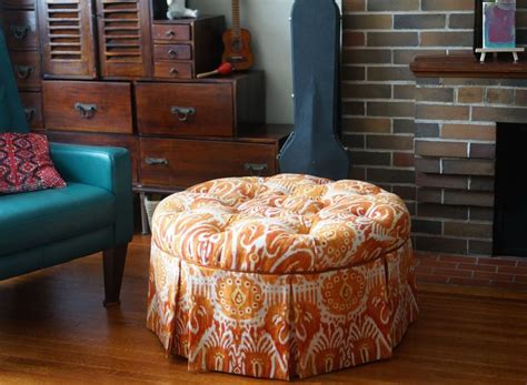 The 25 Best Round Tufted Ottoman Ideas On Pinterest How To Reupholster A Tufted Ottoman