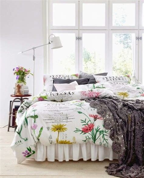 31 beautiful and romantic floral bedding sets digsdigs 31 beautiful and romantic floral bedding sets digsdigs