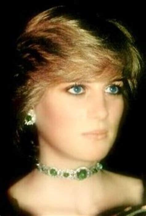 Swan Lake Choker 2 princess diana emerald choker fashion jewelry