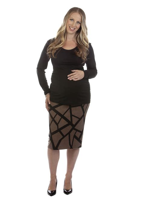 maternity pencil skirt dressed up