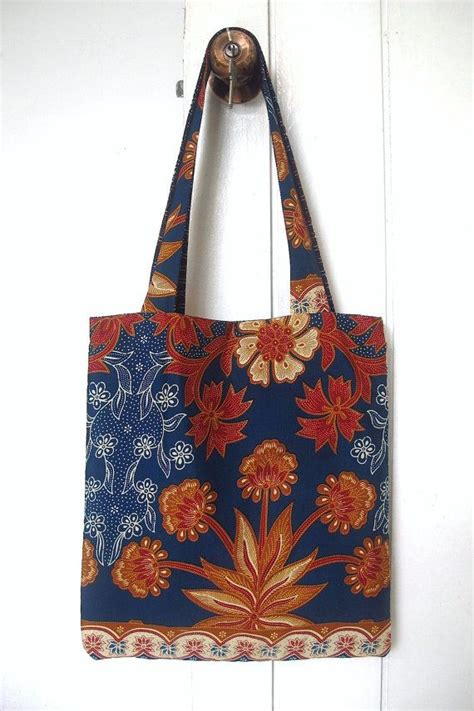 batik tote bag pattern batik bag https www etsy com listing 173846588 batik