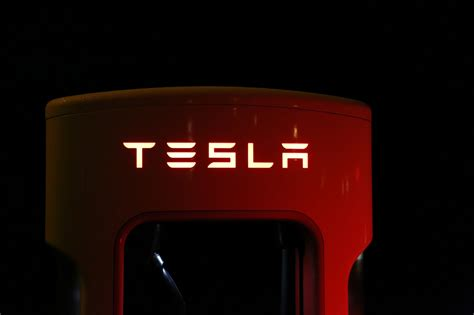 Tesla Stock Tesla Inc Stock Cross Signals Impending Doom Some Warn
