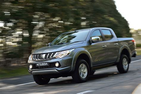 mitsubishi l200 2015 2015 mitsubishi l200 pictures information and specs