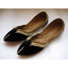 Flat Shoes Ethnic Motive Black White Sh005 2 1000 images about for mojri on indian