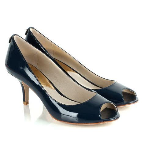 michael kors navy s winslow open toe court shoe