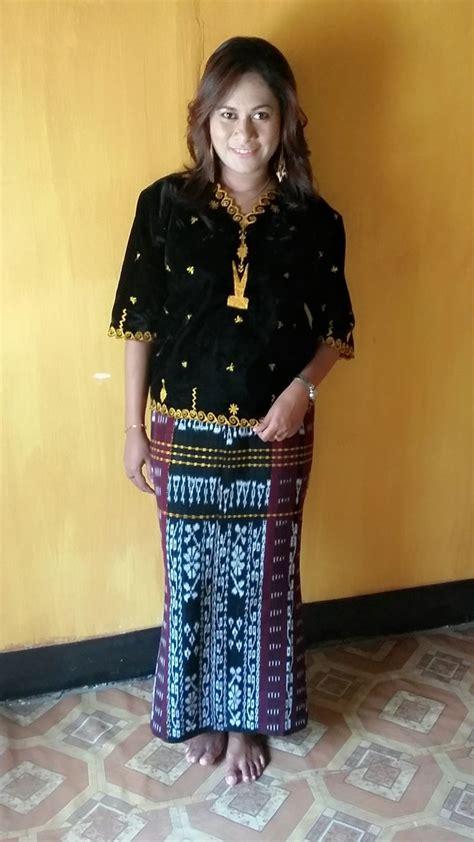 Kain Kebaya Lukis 1 17 best images about batik baju tradisional on traditional kebaya wedding and kebaya