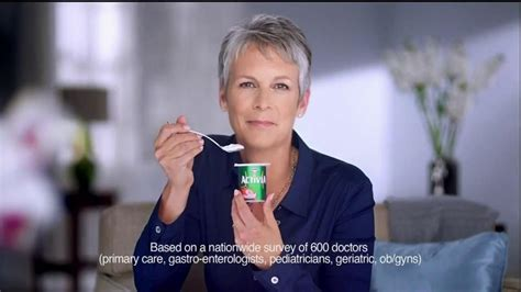 activia commercial actress brunette activia tv commercial irregularity featuring jamie lee