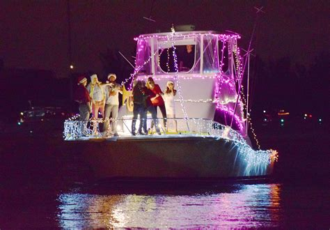 boca boat parade 41st annual boca raton holiday boat parade photos sun