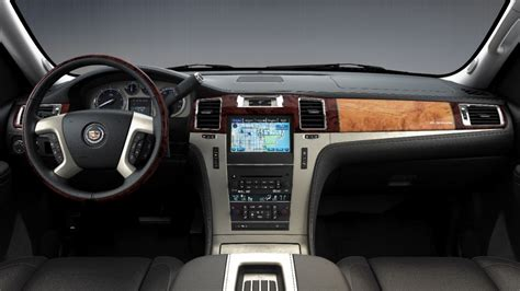 platinum trim cupholders seats