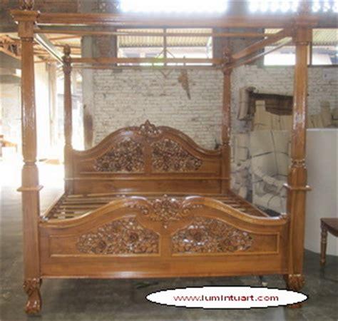 Ranjang Jati Kanopi dipan tiang kelambu kanopi kayu jati ukiran mawar jepara