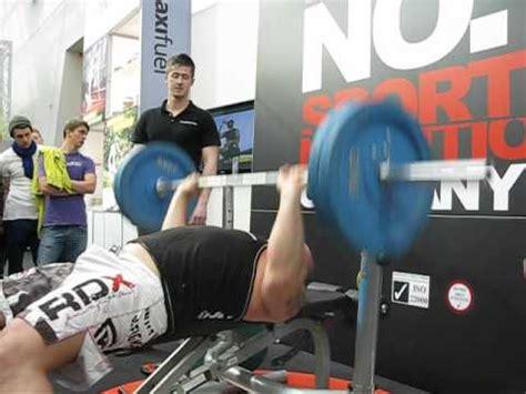 eddie hall bench press eddie hall 52 reps with 100kg s bench press maxiraw
