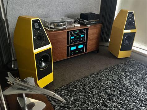 mcintosh electronics  wilson audio sophia    mki