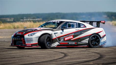 The 1400bhp Nissan Gt R Drift Car Go Nuts