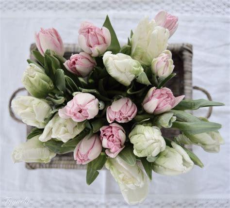 Bunga Dinding Tulip Spray delicado arranjo de tulipas tulips angela pink tulip and white tulips