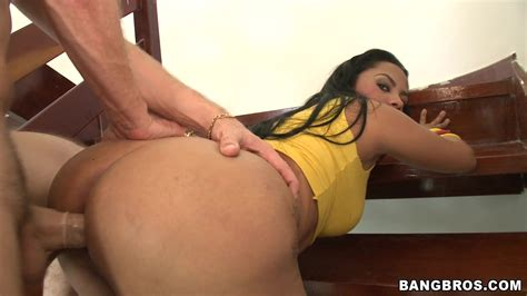 Extremely Sexy Brazil Babe With Big Ass Loves Intensive Sex
