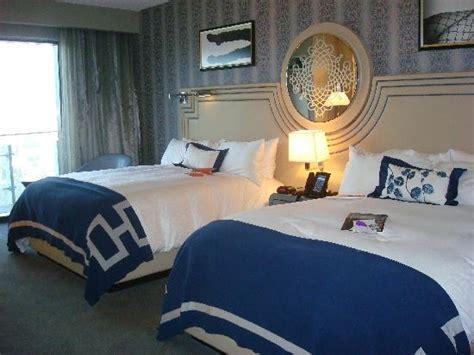 Cosmopolitan City Room by A Chic Fabulous Vegas Gem The Cosmopolitan Of