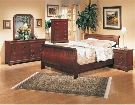 Classic Deep Cherry Finish Elegant 5pc Bedroom Set W Slay Bed Set