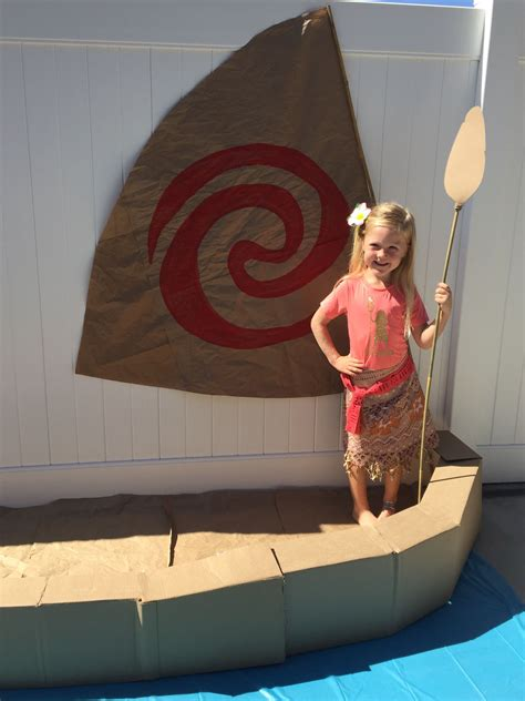 what are boat props made of moana boat photo prop made with two cardboard boxes
