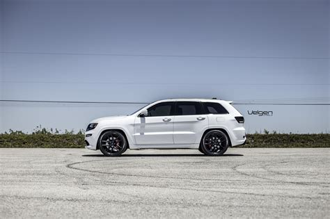 Jeep Srt8 White White Jeep Srt8 Velgen Wheels Vmb5 Jeep Garage Jeep