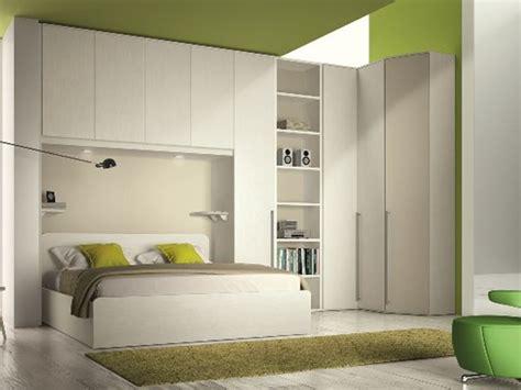 camere da letto con armadio a ponte matrimoniale con armadio a ponte e cabina armadio