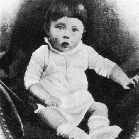 adolf hitler biography childhood life facts image gallery hitler childhood