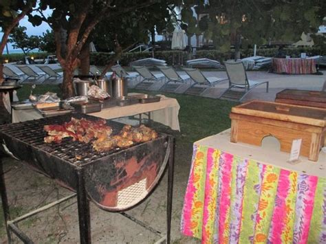 Backyard Grill Freeport Bbq Bbq Station At Fish Fry Picture Of Grand Lucayan