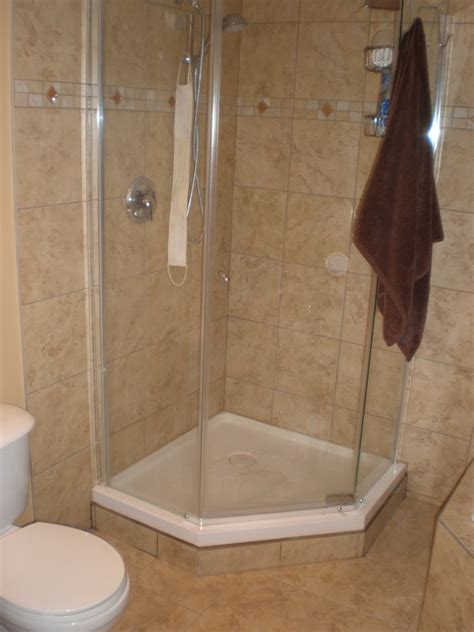 small corner showers small bathroom corner shower pictures thedancingparent com