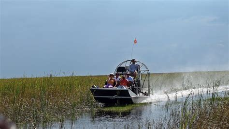 everglades boats youtube florida everglades air boat tour alligator alley youtube