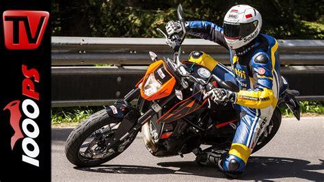 Ktm Motorrad Video by Video Ktm 690 Duke Test 2016 Motorrad Quartett Action