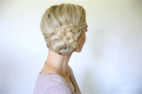 Hairstyles For Easy Bun by Easy Braided Side Bun Hairstyles