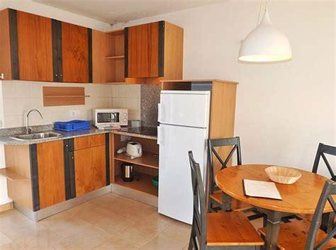 alquiler apartamento menorca apartamentos de 2 dormitorios para alquilar en cala en